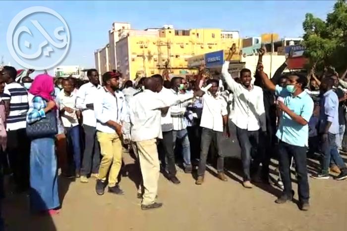إحتجاجات في الخرطوم بسبب الأزمة الاقتصادية