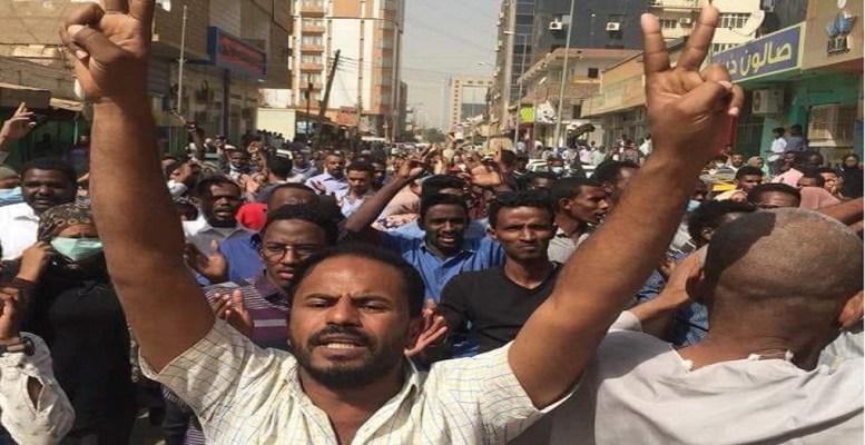 تواصل إنتفاضة السودان والحكومة تكشف كتائبها الخفيه