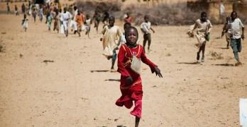 طالبات وطلاب دارفور ايقونات الثورة
