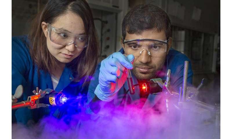 Los investigadores usan fotones para separar los iones metálicos