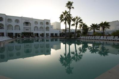 HotelDECAMERON20