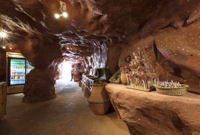 Crocoparc-grotte-aux-bonbons-min