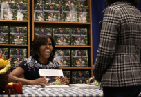 Michelle Obama book signing22