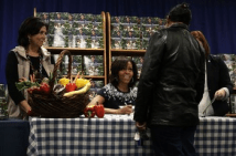 Michelle Obama book signing8
