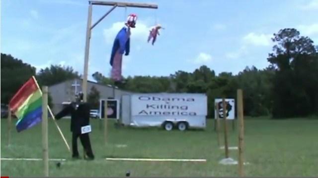 terry-joness-obama-and-uncle-sam-effigies