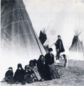 Sitting_Bull_and_Family_1882_1