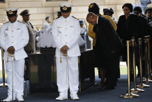 Mandela Lies In State27