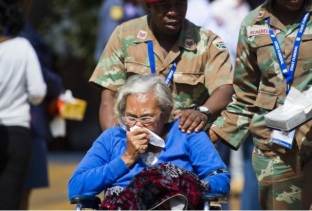Mandela Lies In State64