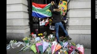 Mandela Mourned31