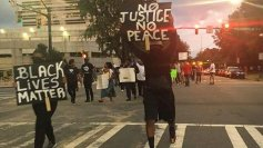 protests-erupts-in-charlotte-4