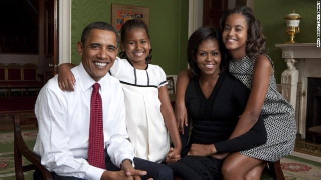 150406105325-obama-family-portrait-2009-exlarge-169