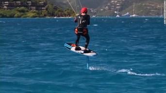 obama-kitesurfing-16