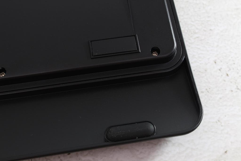 AZIO KB530 & MS530抗菌可沖洗有線鍵盤滑鼠-髒了水洗就對了!608