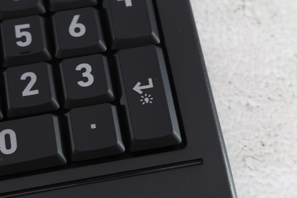 AZIO KB530 & MS530抗菌可沖洗有線鍵盤滑鼠-髒了水洗就對了!9155