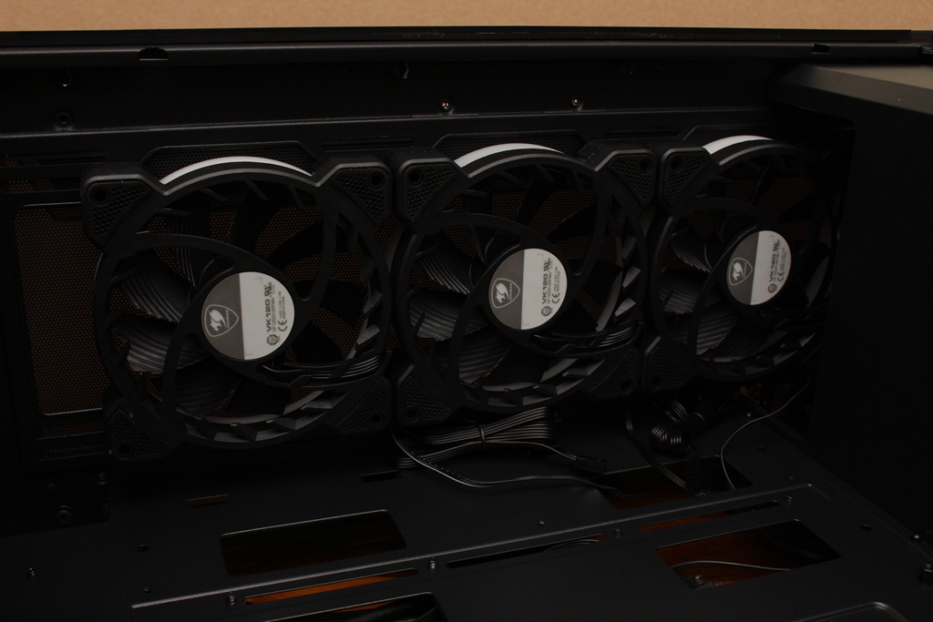 美洲獅COUGAR DarkBlader X5 RGB中塔機殼-低調內斂的視覺燈效,...6977
