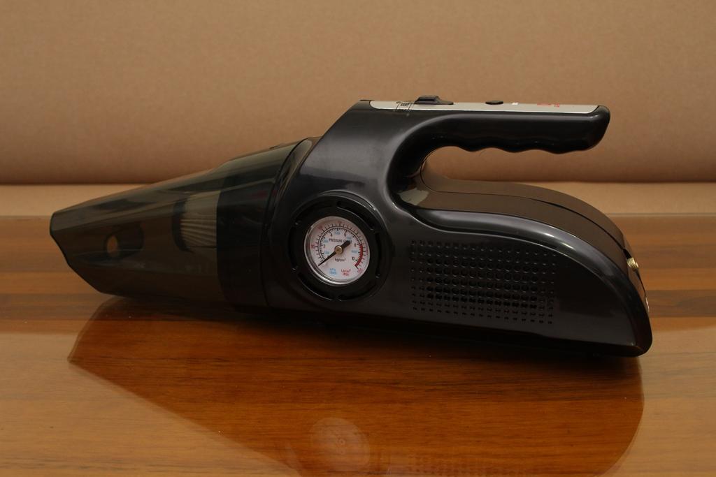 Dream夢想家電 強效型多重功效無線吸塵器 R1-手持無線超方便,乾濕兩用還擁有充氣功能!
