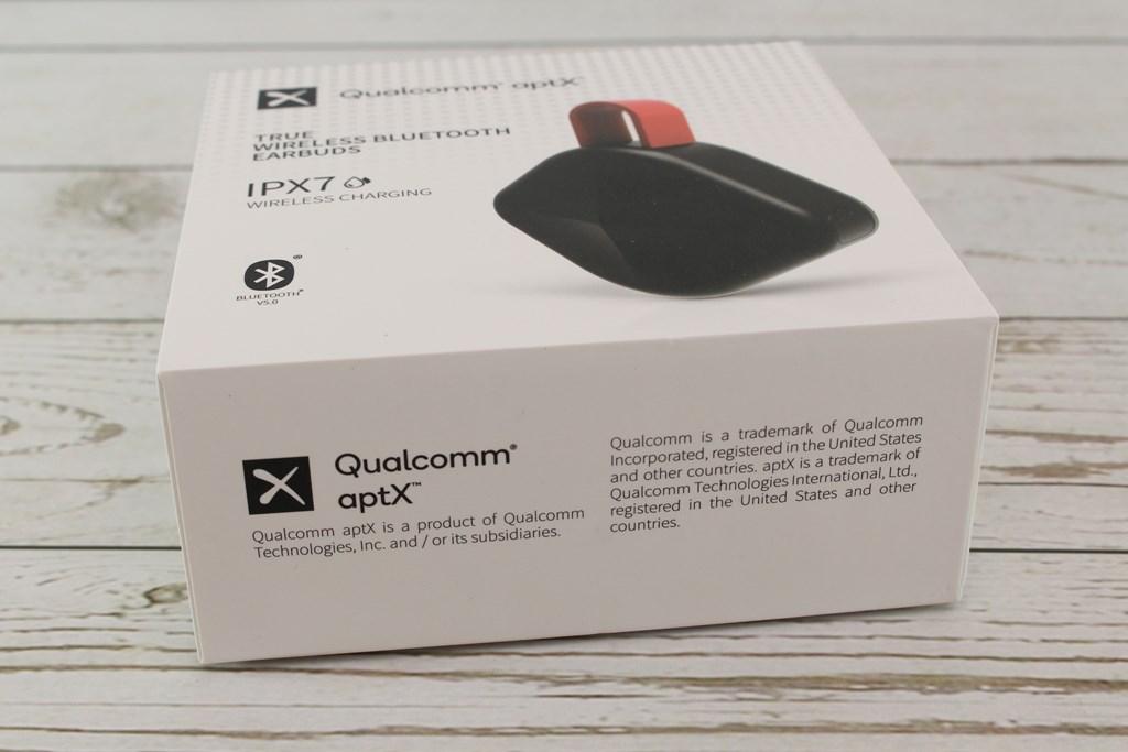 歐爵國際EJZZ EJ B6真無線藍牙耳機-搭載高通QCC3020晶片與Qi無線充電,收納造型耳目一新