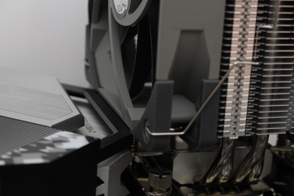 索摩樂Thermalright Assassin Spirit 120 PLUS/RGB塔型散熱器-無光害...4786