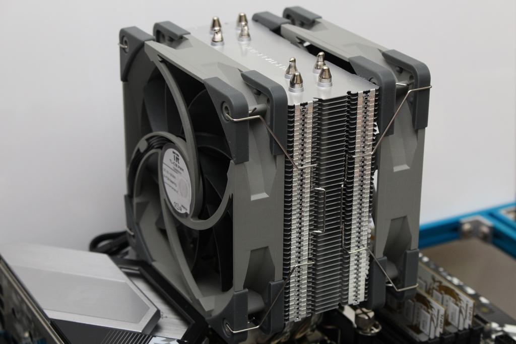 索摩樂Thermalright Assassin Spirit 120 PLUS/RGB塔型散熱器-無光害...6108