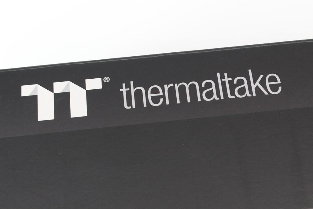 曜越Thermaltake Level 20 GT RGB機械式電競鍵盤-簡約奢華風格,質感與視覺燈效依然搶眼 - 5