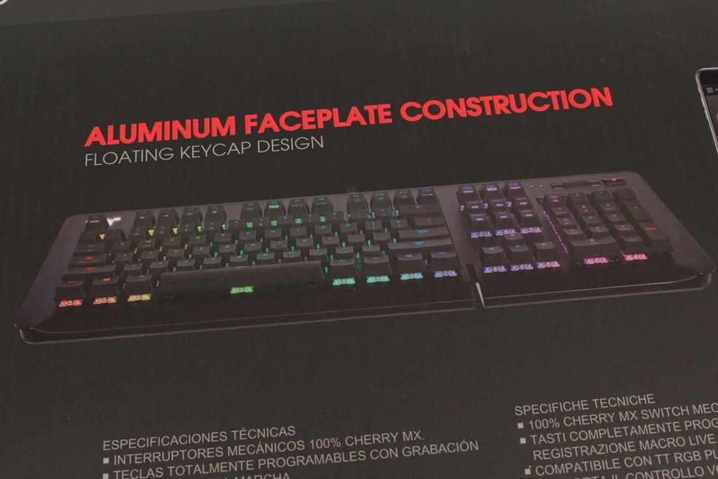 曜越Thermaltake Level 20 GT RGB機械式電競鍵盤-簡約奢華風格,質感與視覺燈效依然搶眼 - 9