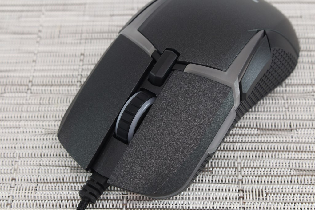 曜越Thermaltake Level 20 RGB 光學電競滑鼠-高規配置好手感,殺戮戰場無往不利