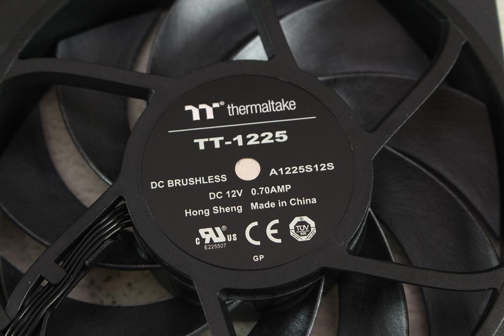 曜越Thermaltake TOUGHFAN 12高風壓風扇-散熱表現有感提升,更能降低噪音,追求極致效能新首選