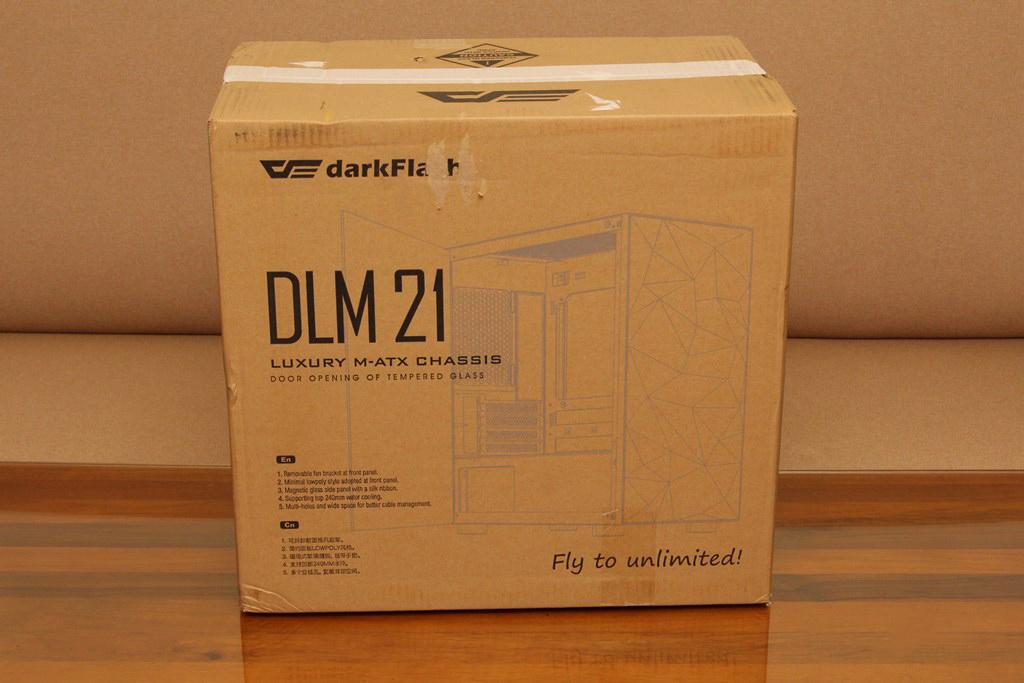 darkFlash DLM21 MESH機殼-雪白配色搭全景鋼化玻璃,mATX產品也能擁有不錯的擴充性 - 4