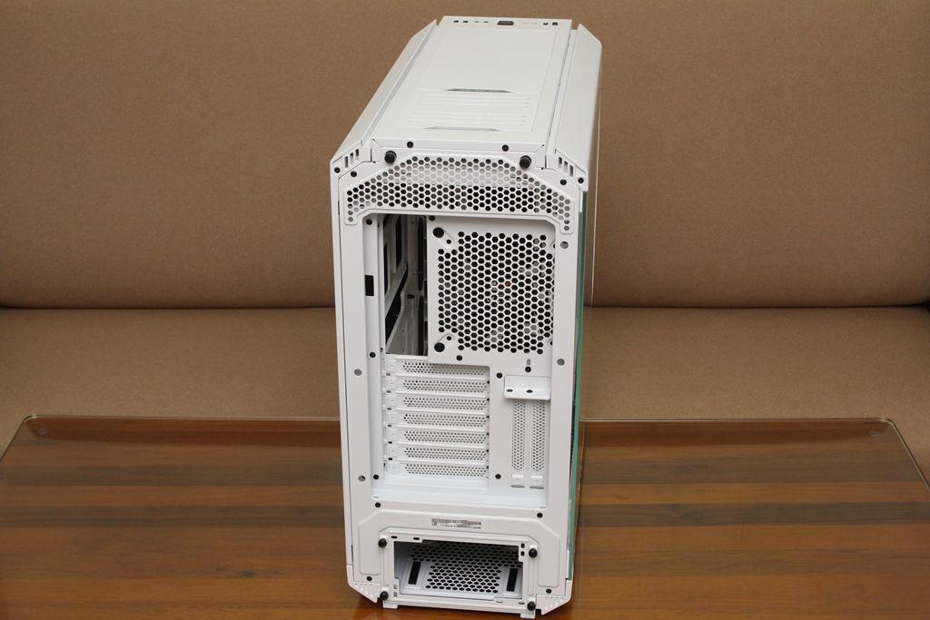 be quiet! SILENT BASE 802鋼化玻璃透側機殼-擴充能力一流,靜...9605