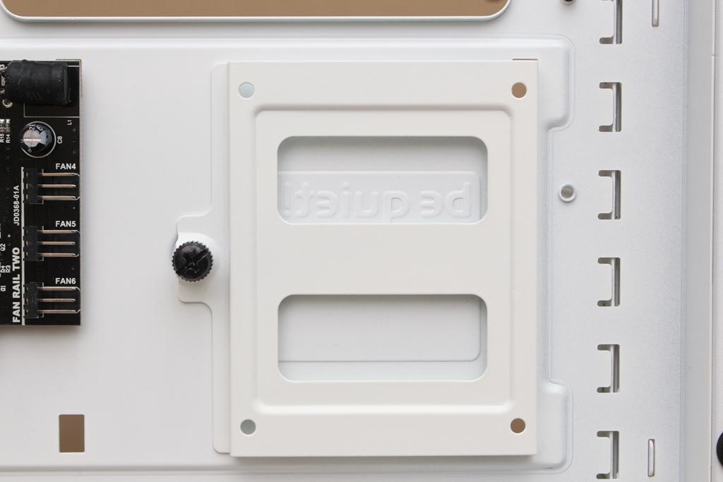 be quiet! SILENT BASE 802鋼化玻璃透側機殼-擴充能力一流,靜...2765