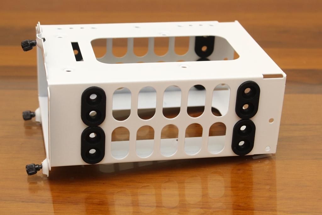 be quiet! SILENT BASE 802鋼化玻璃透側機殼-擴充能力一流,靜...8425