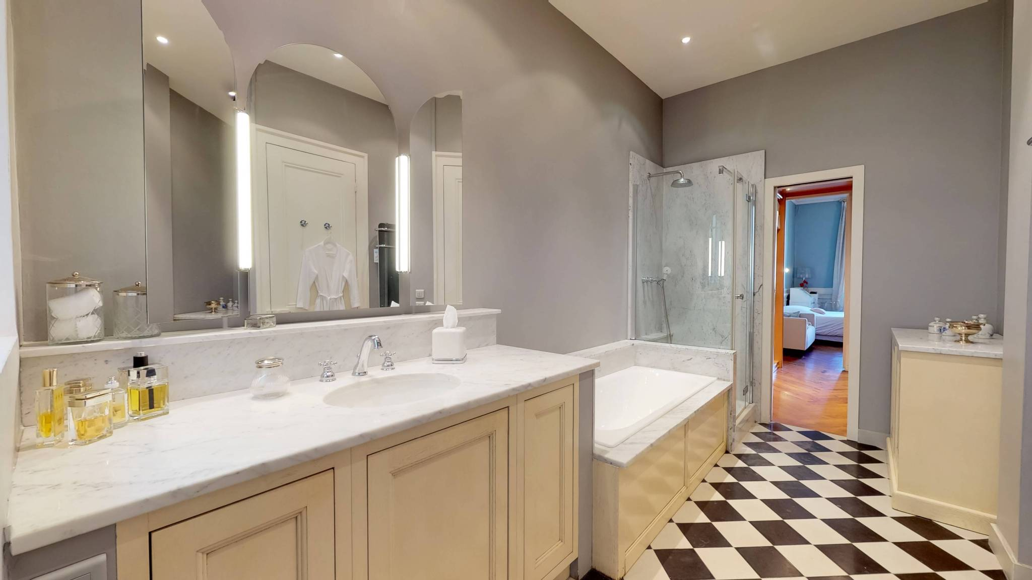 LYON-3e-PREFECTURE-GRAND-APPARTEMENT-Salle-de-bains (2)