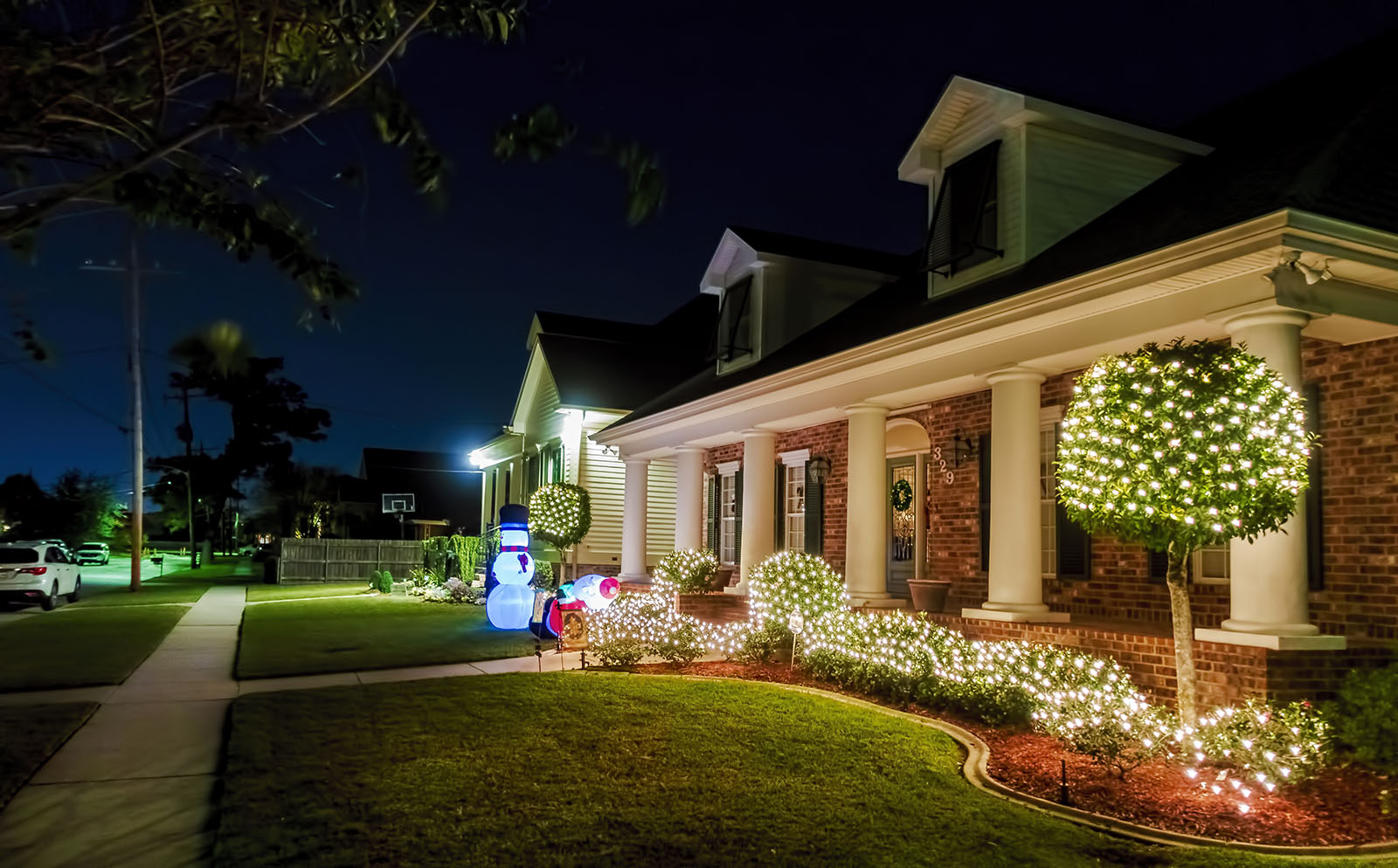 Provide Lighting For Security On The Exterior Of Home-3d visualization