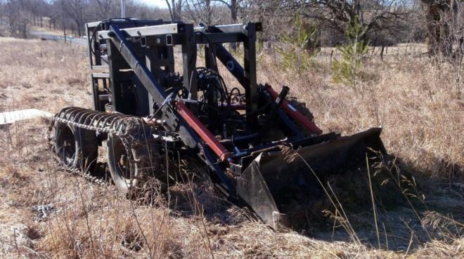 tractor-2_wide-62e59cb8367c43a4e9337730dc7fc609844ed9d3-s40-c85
