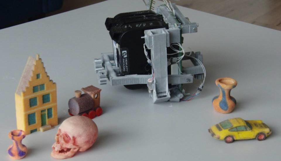 The Colorpod Converts A Reprap Style 3d Printer Into A