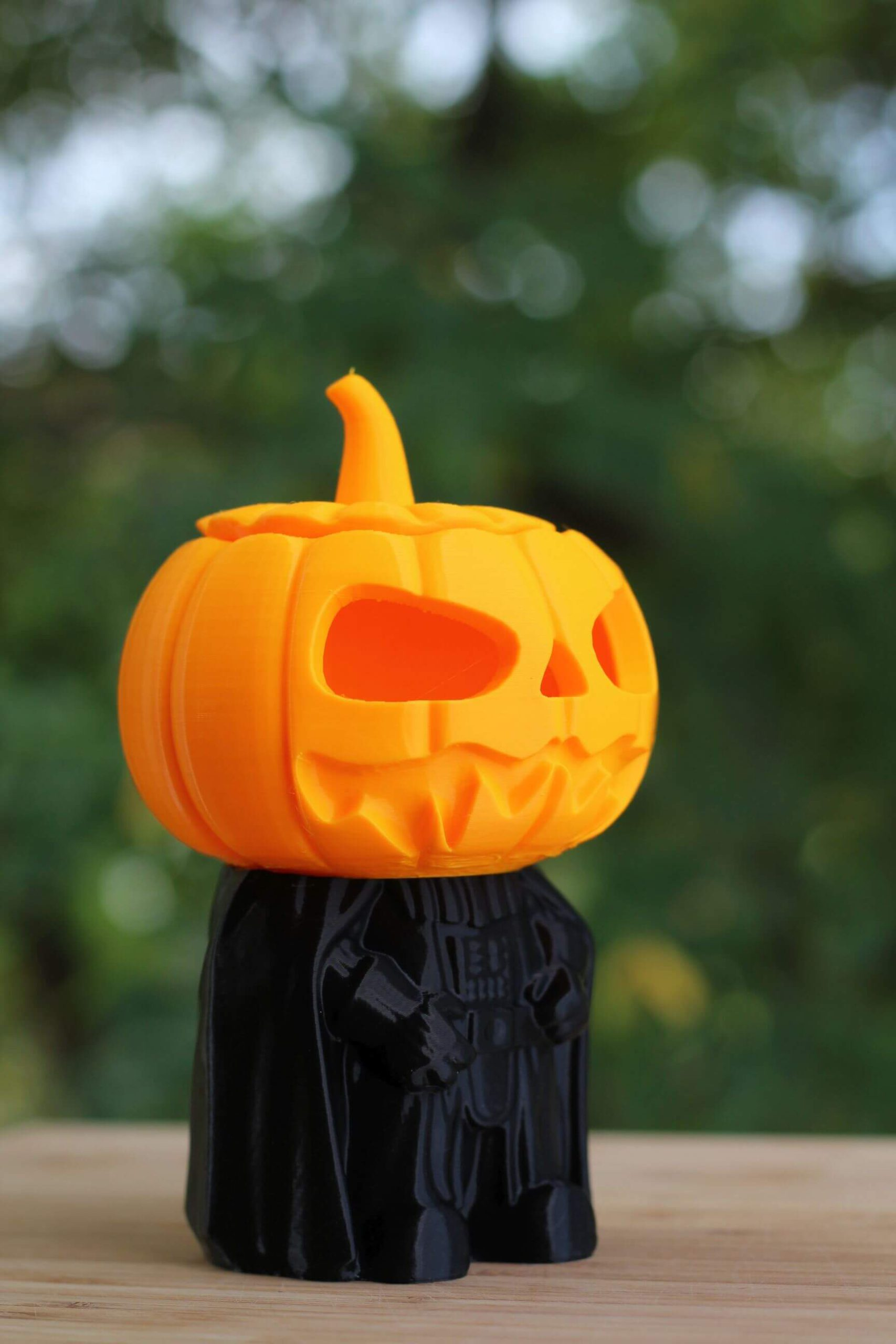 Darth-Pumpkin-printedo-n-the-Creality-CR-6-SE-4