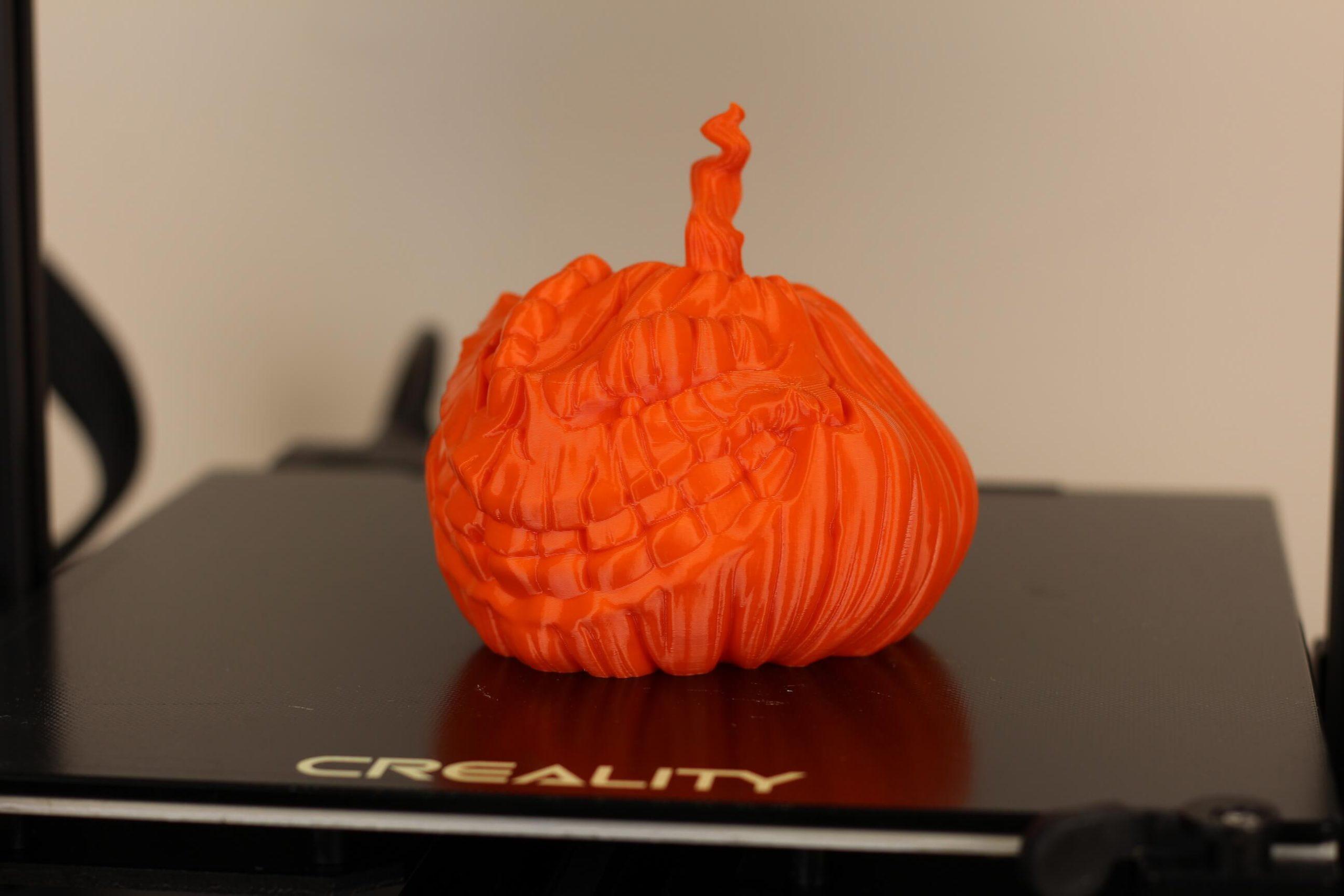 Grinning-Pumpkin-PETG-print-on-CR-6-SE-1