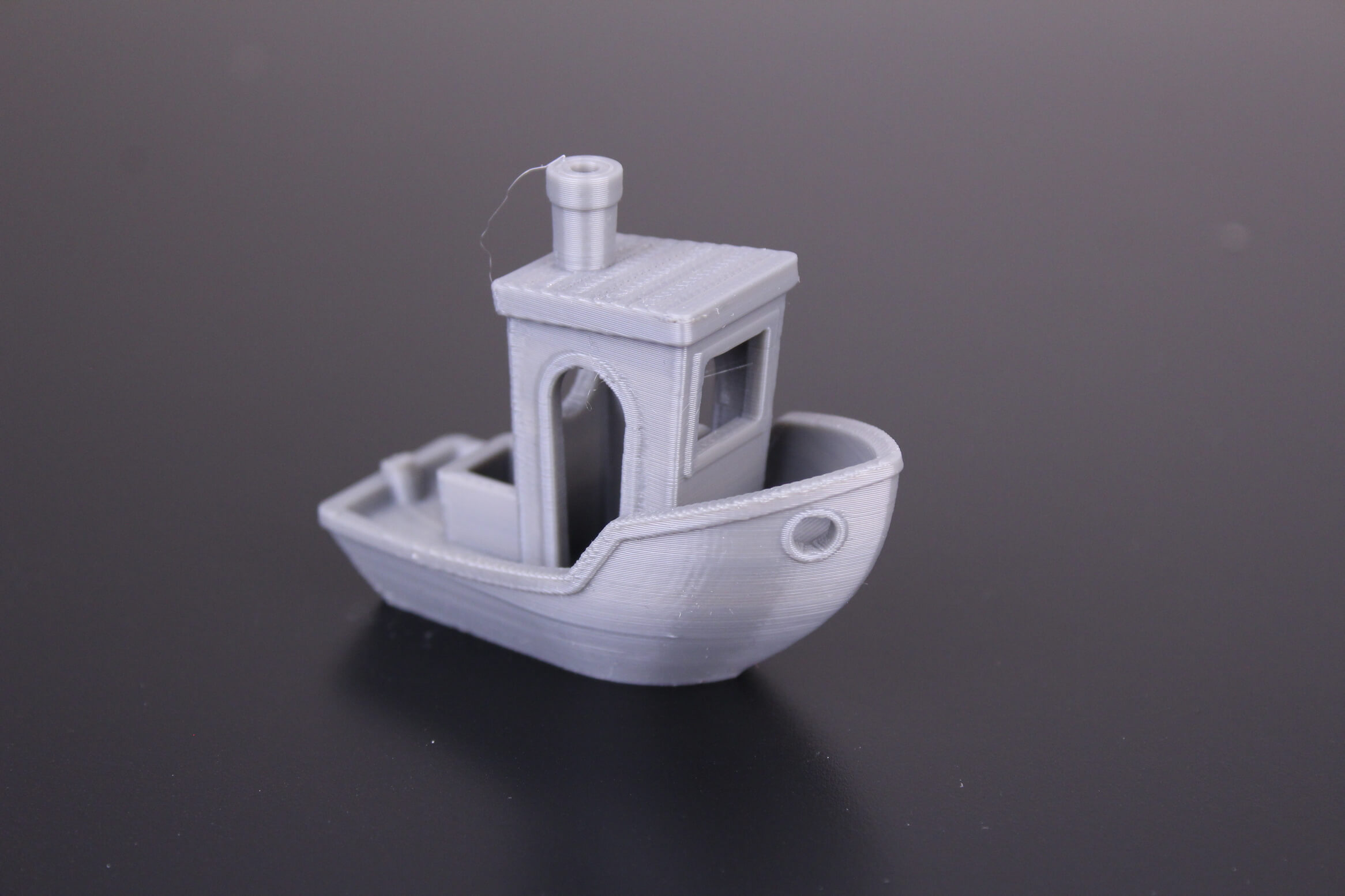 3D-Benchy-printed-on-Bluer-Plus-Out-of-the-box-1