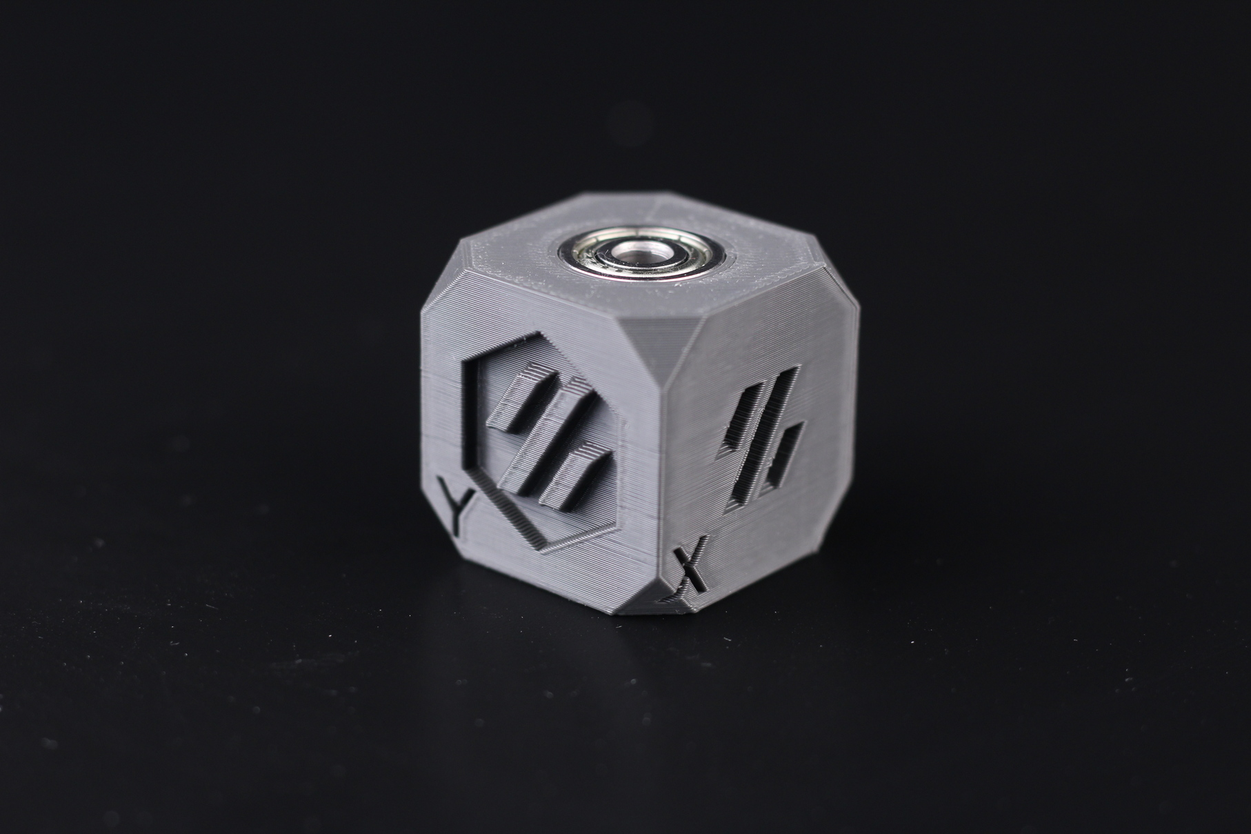 Voron-Cube-printed-on-Ender-3-Max-4