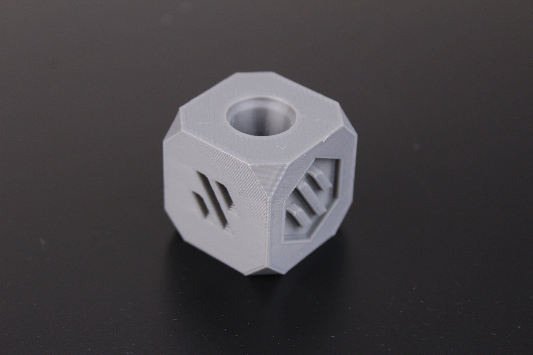 Voron-Cube-printed-on-the-Sermoon-D1-in-PLA-2
