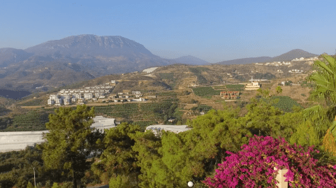 BEAUTIFUL VIEWS OVER THE MOUNTAIN - LUXURY VILLA FOR SALE