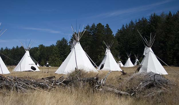 Teepees | Do You Know These 25 Native American Survival Skills?