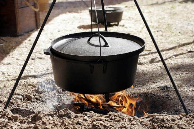 Dutch Oven Meals | Practical (Yet Delicious) Winter Campfire Cooking Ideas For Outdoor Cooking