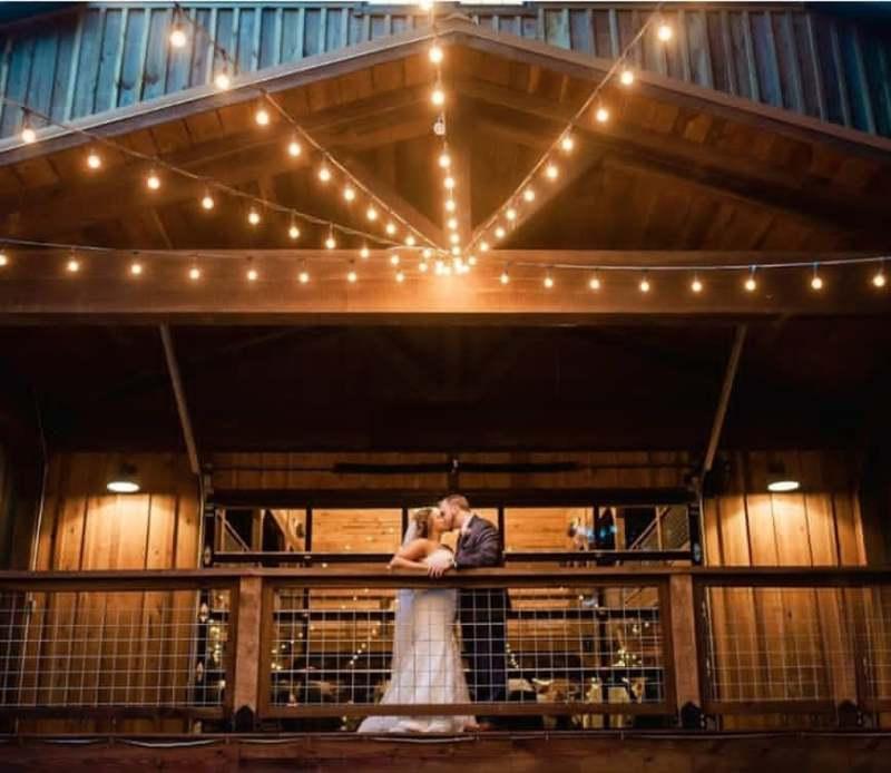 Beautiful barn wedding venue Greencastle
