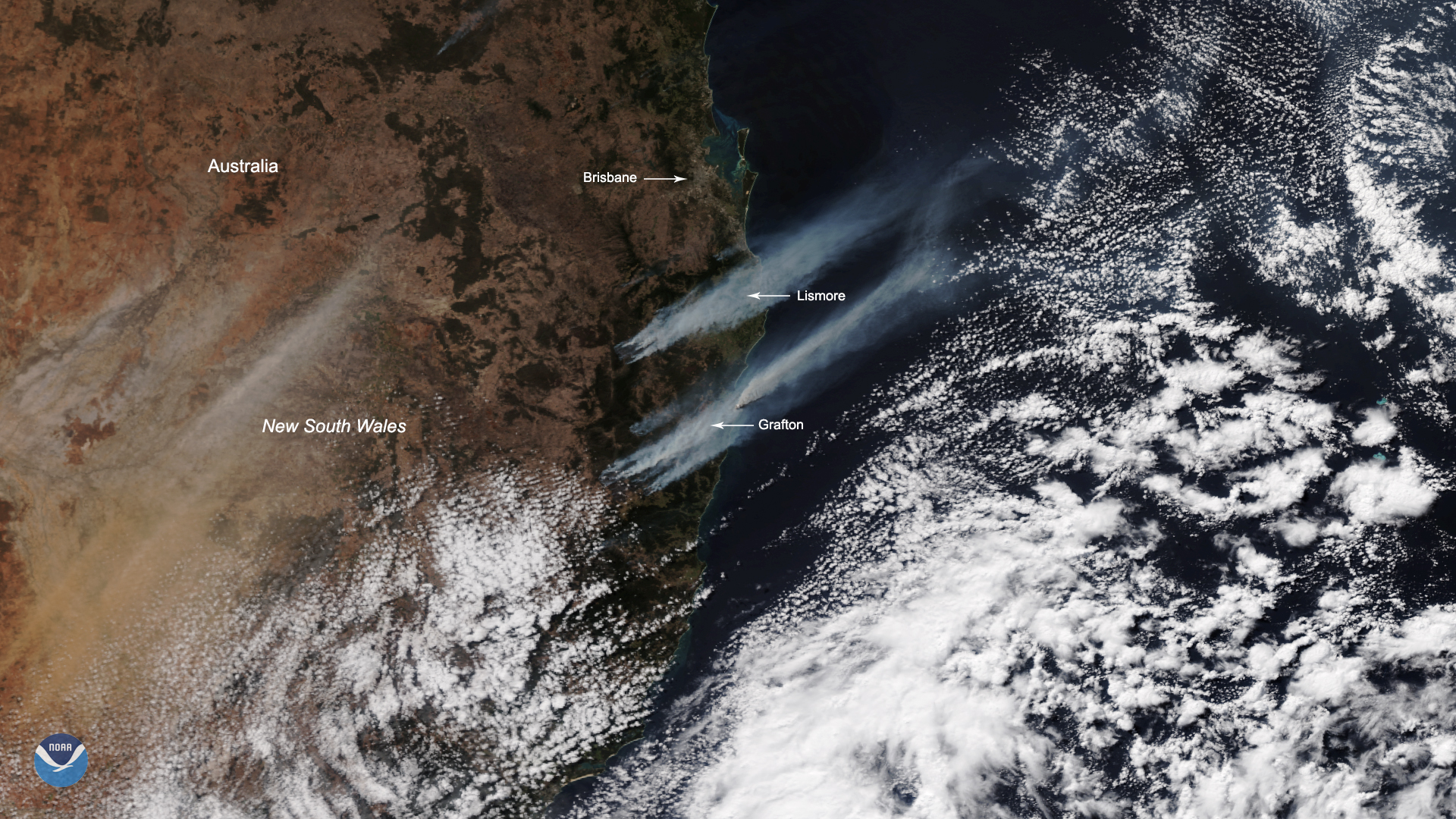 Multiple bushfires break out in Eastern Australia