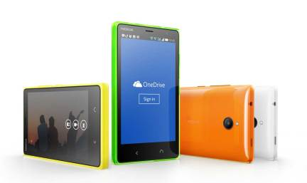 Microsoft_Shows_off_its_Second_Android_Based_Smartphone_1