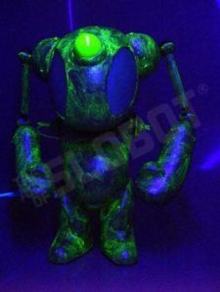 mikeslobot_spaceace7_blacklight1b