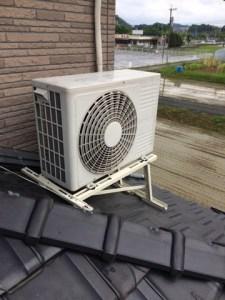 エアコン屋根置き 北九州市若松区にて