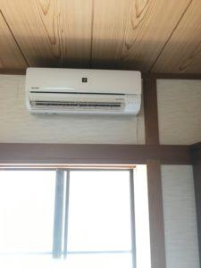 福岡県遠賀町にてエアコン交換工事