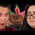 """People Try The """"World's Hottest"""" Meat Pie"""